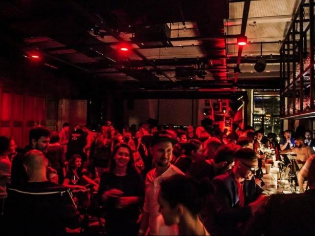 Клуб хаус ночной петербург в ночном клубе волочкова